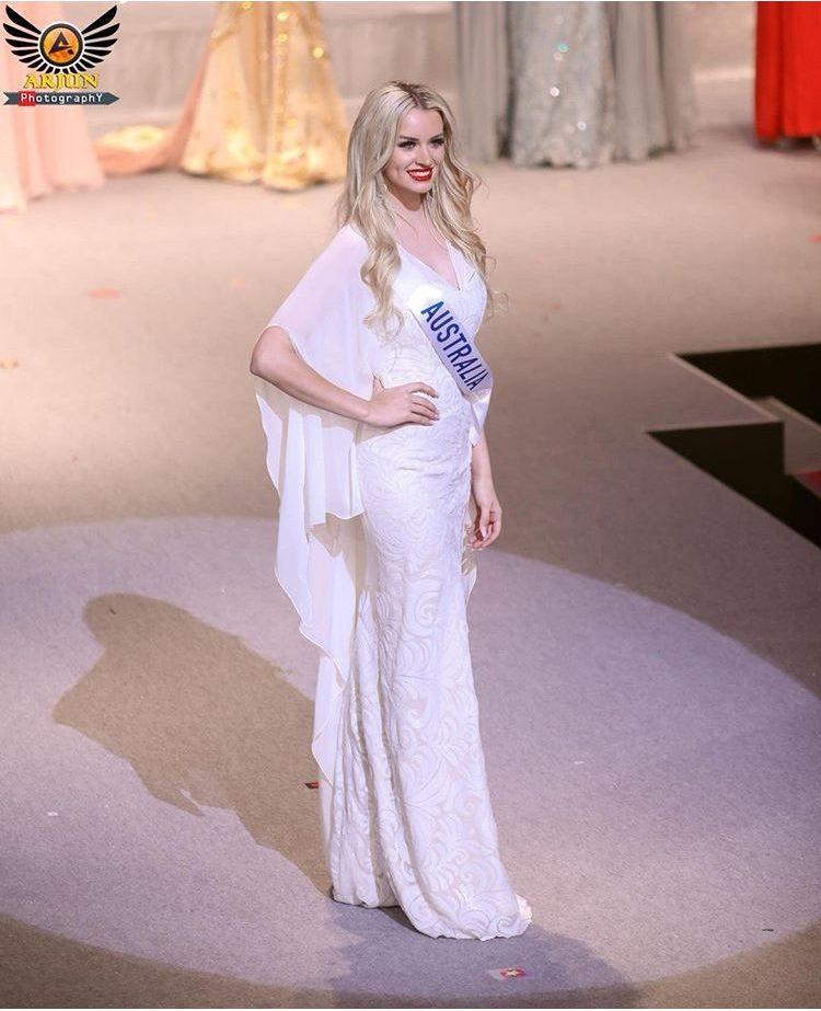 Amber Dew Miss International